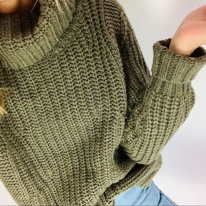 Banana Republic wool alpaca cowlneck cozy sweater